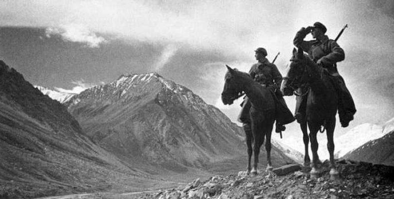 Отряд РККА в 1925 году в горах Памира нашел останки неизвестных существ